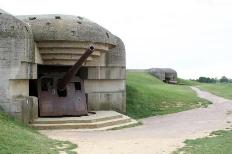 800px-Longues-sur-Mer_Battery