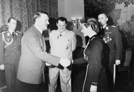 Hitler, Göring och Hanna Retsch.