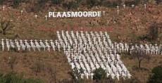 Monument över mördade vita farmare i Sydafrika.