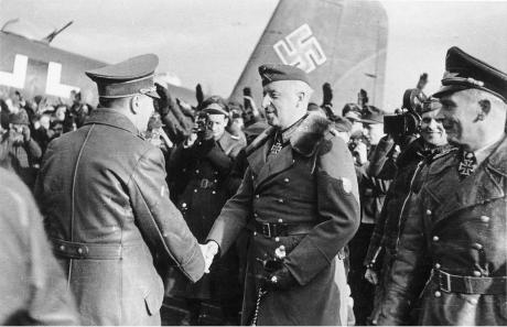 Den 17 februari besökte Hitler Mansteins högkvarter. Under mötet gav Hitler Manstein fria händer. När Hitler flög därifrån befann sig annalkande ryska pansarstyrkor bara tre mil från flygplatsen.