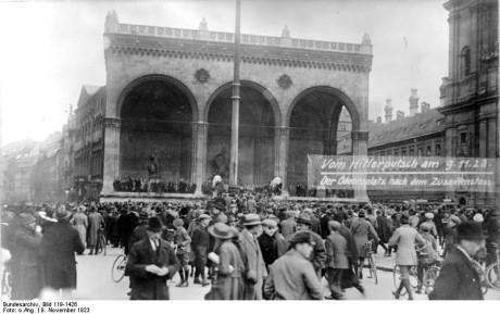 Odeonsplatz, München, under kuppförsöket.