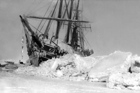 Fram under Nansens ledning i januari 1895.
