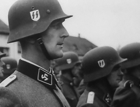 Per Sørensen var löjtnant i danska armén innan han anmälde sig till Waffen SS. Han deltog i striderna i Demjansk och i Welikije Luki där han sårades 25 december 1942. När Frikorps Danmark upplöstes kämpade han vidare i Nordlanddivisionen. Han blev under kriget sårad 7 gånger. Han stupade under slaget om Berlin den 24 april 1945.