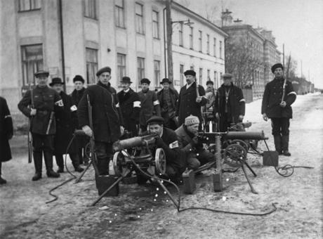 Vita trupper vid finska frihetskriget (1918-19). Många ifrån Lapporörelsen var veteraner från denna tid.
