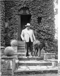 Heinrich George.