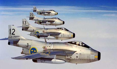 En fyrgrupp J29F från F3 Linköping.