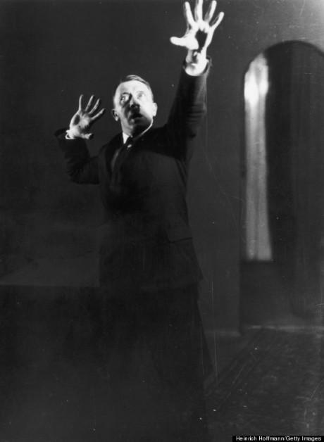 Heinrich Hoffmanns bild som idag används för att demonisera Hitler.