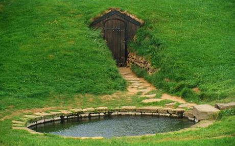 Den varma källan vid Snorre Sturlassons gård Reykholt på Island.