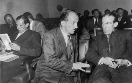 SRP:s ledare i juli 1952 inför den federala författningsdomstolen i Karlsruhe. Från vänster: Remer, von Westarp, Dorls.