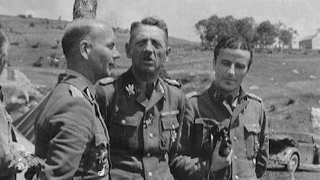 """Kumm tillsammans med officerare från """"Prins Eugen"""""""