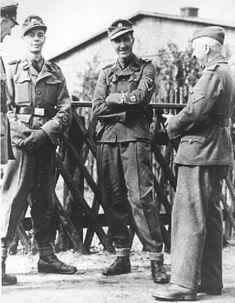 Brittiska soldater i British Free Corps från 1944.