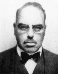 Den judiska socialdemokraten Rudolf Hilferding skrev manifestet som uppmanade till att störta tyska staten. Hilferding var tidigare finansminister under Weimarrepubliken.