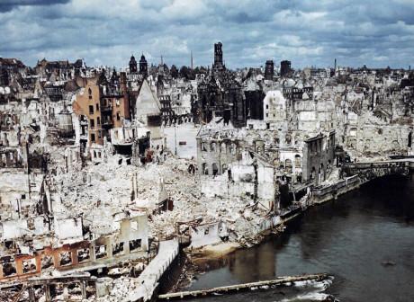 Den historiska staden Nürnberg bombades sönder av de allierade.