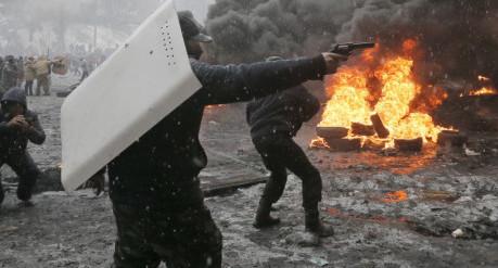 Starten på oroligheterna i Ukraina som skulle leda till att judar grep makten i landet och starten på ett inbördeskrig mot separatister i öst.