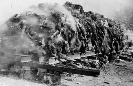 Dresden 1945. Tyska civila bombades medvetet av de allierade.