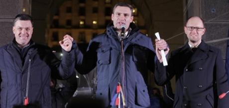 Oleh Tyahnybok, Vitali Klitschko och Arseniy Yatsenyuk.