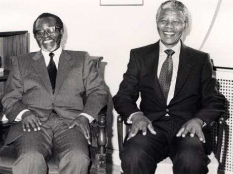 Oliver Tambo och Nelson Mandela.