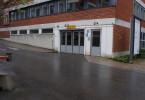 Garageingång till underrättelsetjänsten.