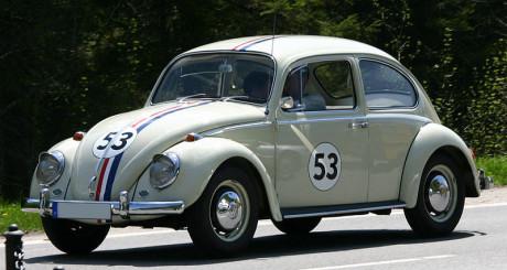 """Den nationalsocialistiska folkvagnen gjorde sedan filmkarriär. Här """"Herbie"""" - världens mest kända Volkswagen Typ 1."""