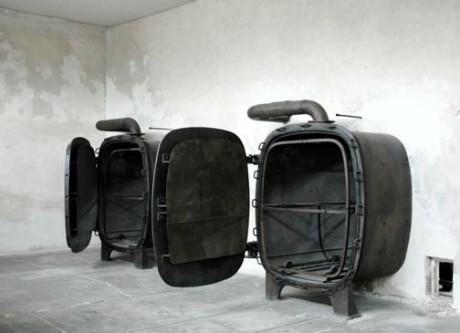 Ångkammare kan ha existerat i Treblinka för rent praktiska syften. På bilden en verklig ångkammare från Auschwitz som användes till att avlusa kläder.