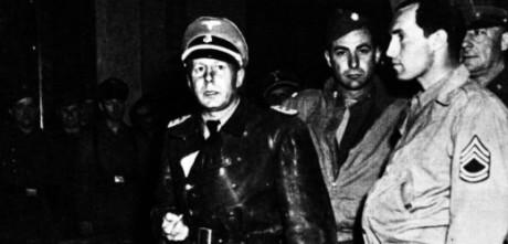 SS överste Walter Rauff under sin arrestering i Italien 1945.