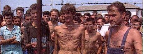 Koncentrationslägerbilder från inbördeskriget i Bosnien på 90-talet.