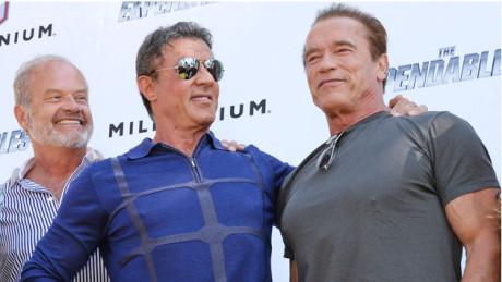 Kelsey Grammer, Sylvester Stallone och Arnold Schwarzenegger stödjer Israels massmord i Gaza.