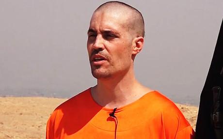 Bildruta från avrättningsfilmen på James Foley.
