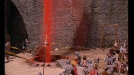 Scener som denna utspelade sig enligt Wiesel i Babi Yar (från filmen Army of Darkness).