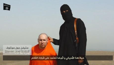 Steven Sotloff figurerade i den mystiska avrättningsfilmen som den USA-understödda terrorgruppen tidigare släppt.