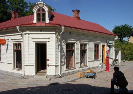 Järnhandlarens hus med Konsumbutiken.