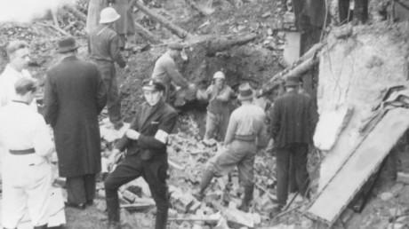 Holen-skolan efter bombningarna.