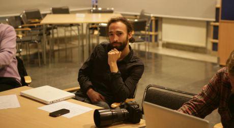 Daniel Vergara (Expo) föredrar att fota och åsiktsregistrera andra människor framför att själv synas på bild.