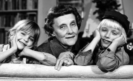 Astrid Lindgren med Ida och Emil.