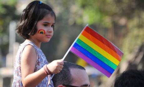 Barn tillåts redan idag att utsättas för homopropaganda.