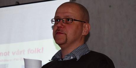 Pär Öberg håller föredrag i Dalarna.