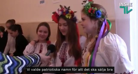 """Flickorna uppger sig ha valt """"patriotiska namn"""" för att sälja bra."""