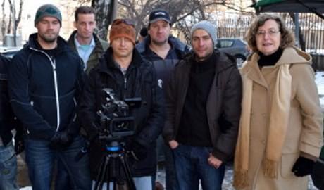 Inte som Expressens åsiktspoliser. Filmteamet i Bulgarien visar mänskliga sidor.