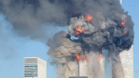 9/11-attackerna dödade cirka 3000 människor. 2330 arkitekter och ingenjörer menar på att tvillingtornen sprängdes, ett ämne som Nordfront skrivit tidigare om.