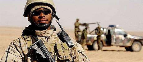 Amerikanska soldater ska hjälpa den ukrainska regeringen i inbördeskriget.