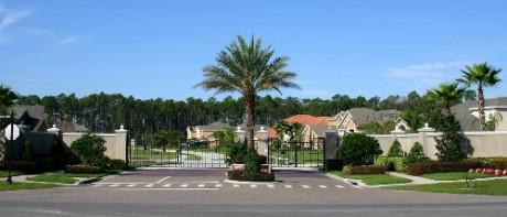 Gated_community_Florida