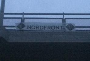 Sprayning och banderolluppsättning i Nynäshamn