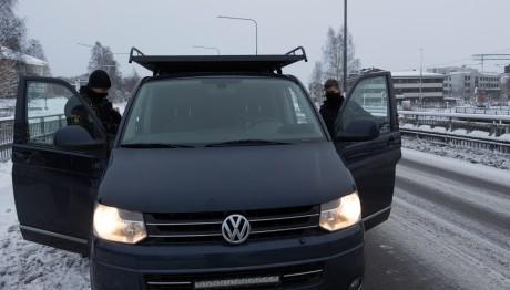 Ovanligt ljusskygga poliser i Skellefteå.
