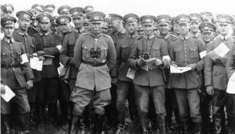 Hans von Seeckt med tyska officerare 1925.