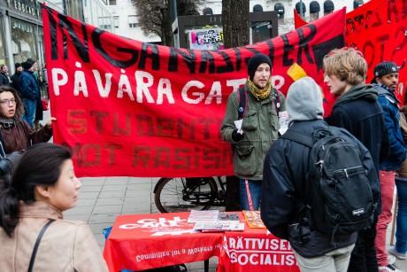 Rättvisepartiet socilisterna fanns även på plats bland motdemonstranterna. Foto: Nordfront.