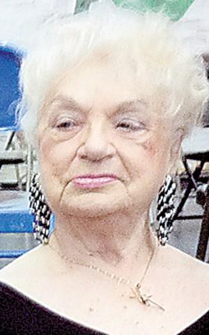 Yanina Cywinska, lurade döden på ett sånt sätt som bara en förintelseöverlevare kan.