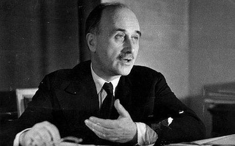 """Jean Monnet, en annan av EU:s """"andliga fäder"""", menade att den europeiska """"superstaten"""" måste komma stegvis, utan atteuropéernaförstår vad som sker."""