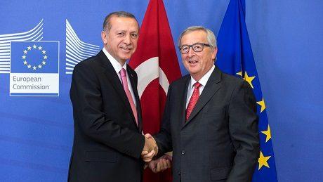 """De tidigare försöken till överenskommelse mellan Turkiet och EU tycks definitivt ha fått ett bakslag i och med """"statskuppen""""."""