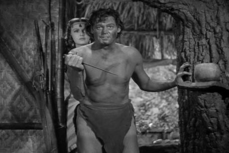 """Den klassiska repliken """"Now Tarzan make war!"""" handlar om att Tarzan går ut i krig mot de hemska nazisterna i filmen Tarzan Triumphs från 1943."""