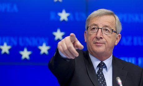 "Jean-Claude Juncker pekar ut EU:s fiender i sin ""black book""."